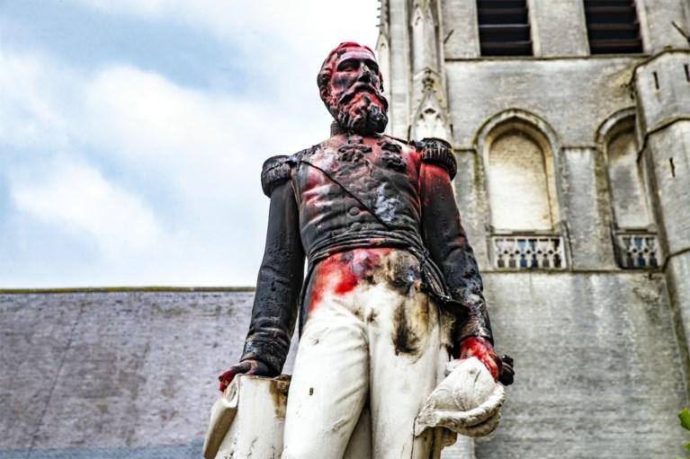 """Een standbeeld voor Toby Alderweireld in Ekeren? """"Laten we Leopold II vervangen door een echte held"""""""