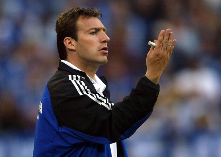 Schalke 04 praat met Wilmots, ex-bondscoach ziet terugkeer naar 'zijn' club wel zitten