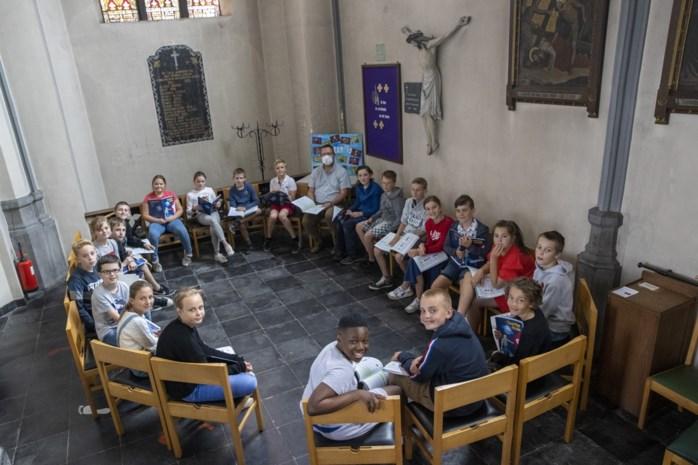 """Eucharistie maakt plaats voor vijfde leerjaar: """"We kunnen ons hier beter concentreren"""""""