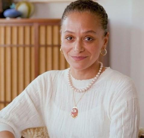 Eerste zwarte hoofdredactrice voor modetijdschrift Harper's Bazaar