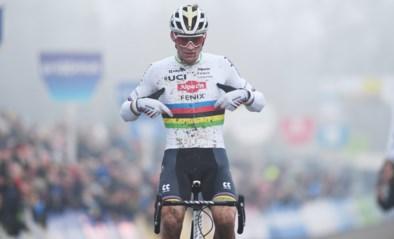 """Mathieu van der Poel kiest niet Wout van Aert als zijn moeilijkste tegenstander: """"Als je hem verslaat, win je meestal"""""""