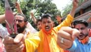 Spanning tussen kernmachten China en India loopt op: wederzijdse beschuldigingen en dodelijke gevechten met stokken en stenen