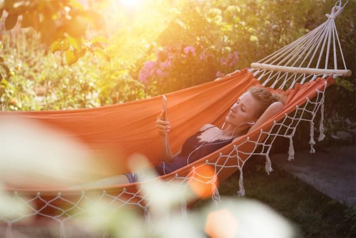 Een hangmat in de tuin: met deze tips kan je er echt van genieten zonder er uit te donderen