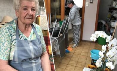 """Margareta (90) ziet huis al voor de vierde keer overstromen: """"Ik kan dit niet meer aan"""""""