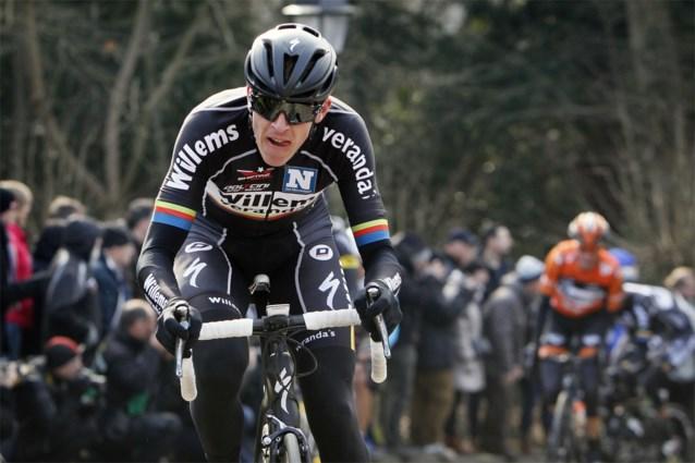 Nederlands wielrenner stelt aanval op werelduurrecord van Victor Campenaerts opnieuw uit