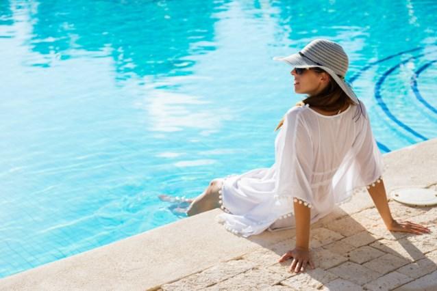 TREND. Kaftans voor aan het (opblaasbaar) zwembad