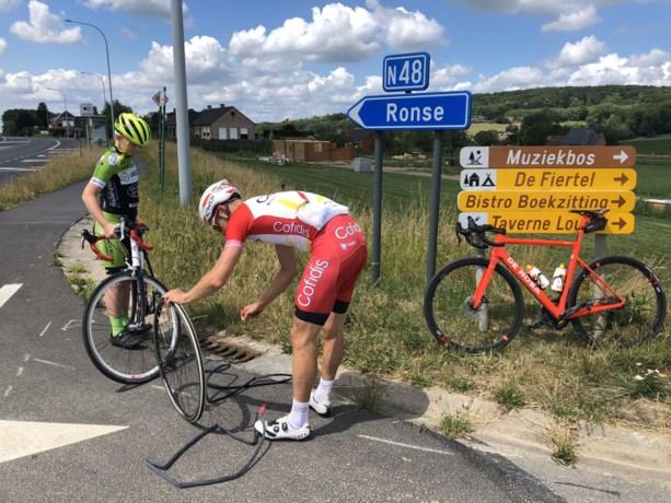 """Julien Vermote is de held van de dag nadat hij 12-jarig rennertje te hulp schiet: """"Mooi voorbeeld!"""""""