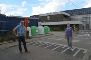 """Gemeente belooft dorpspleinen aan te pakken: """"Dat gedrocht moet weg"""""""