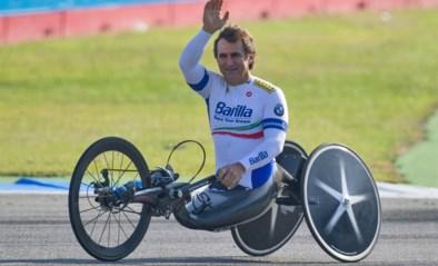 """De sportwereld bidt voor de """"man met 9 levens"""": ex-F1-piloot die zijn benen verloor vecht opnieuw voor zijn leven na crash met handbike"""
