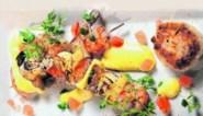 Recept voor barbecue: scampi met appel, ananas en currymousseline met rijstkroketjes