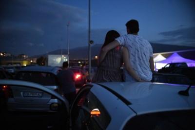 Voetbalveld wordt drive-in bioscoop op Vlaamse Feestdag