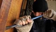 Ook inbrekers zijn in hun kot gebleven: 70% minder pv's, maar stijging is weer ingezet