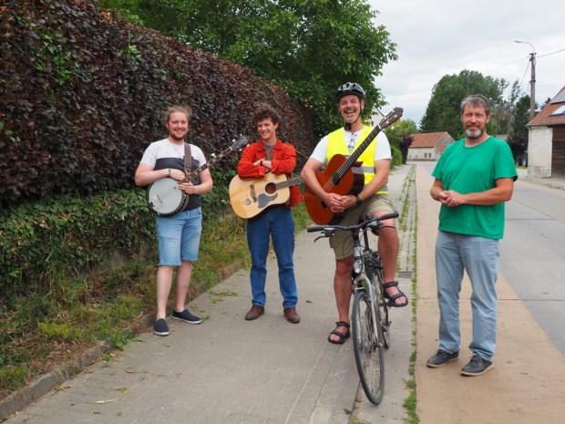 Met straatmuzikanten en openluchtcinema wordt het toch een gezellige zomer