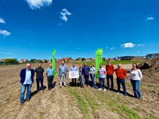 """Westkerke krijgt tweemaal 38 nieuwe woongelegenheden: """"De ambitie van de stad om 10.000 inwoners te hebben komt zo dichterbij"""""""