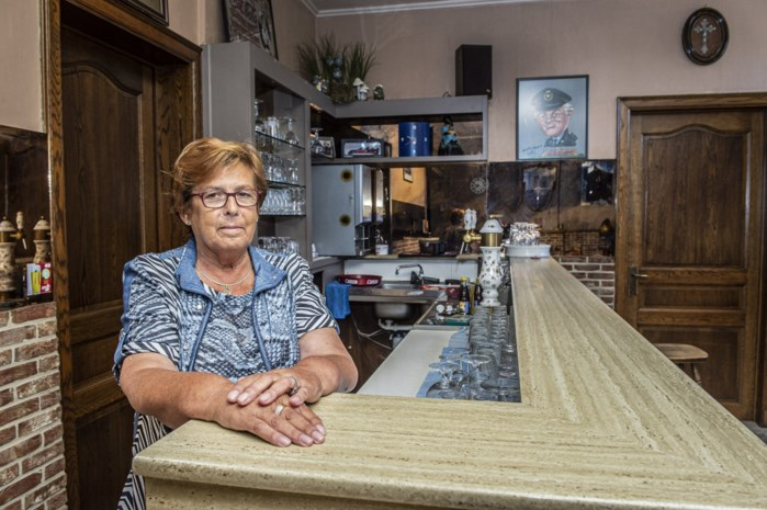 """Na tweehonderd (!) jaar gaat café dicht: """"Bedienen met een mondmasker zie ik niet zitten"""""""