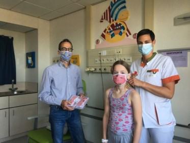 Woody schenkt 200 kindermondmaskers voor Jessa kinderafdeling