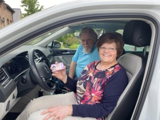 Lutgarde haalt rijbewijs op haar 69ste