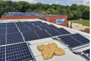 Basisschool investeert in zonne-energie  en vermindert CO2-uitstoot drastisch