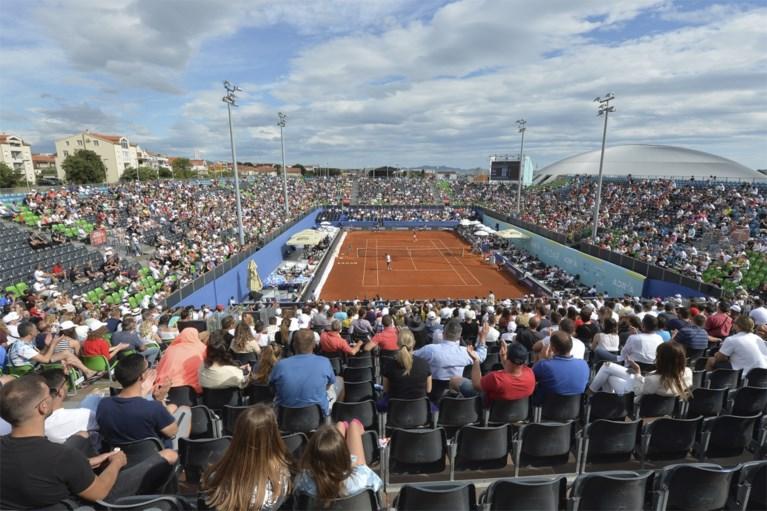 """Eerst tonnen kritiek, dan corona: nu ook Novak Djokovic zelf besmet: """"Het spijt me enorm"""""""