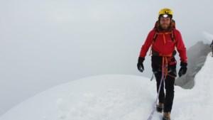 """'Kamp Waes'-collega's beklimmen 'moeilijkste berg in Europa': """"Waarom? Ik jaag gewoon mijn dromen na"""""""
