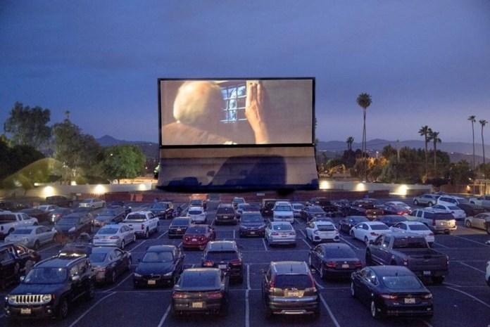 Drive-in cinemake doen in Den Egger