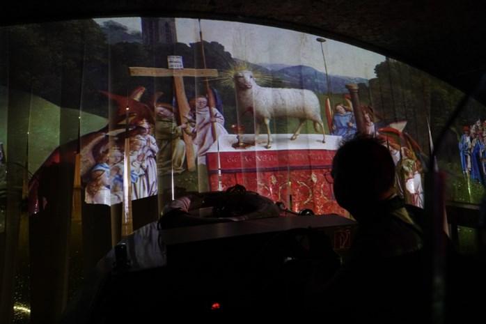 Vaar eens los door het Lam Gods: boottocht moet Van Eyck-jaar nieuw leven inblazen