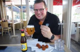 """Brouwer brengt veganistische bitterbal op smaak met Vals Paterke Tripel: """"Tien flesjes bier per dertig kilo Paterkesballen"""""""