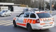 Jongeman vlucht voor politiecontrole en steekt zichzelf in brand in Zwitserland