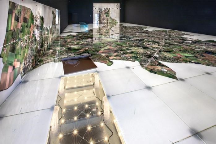 Uniek Gents kunstwerk uit STAM wordt per vierkante meter verkocht