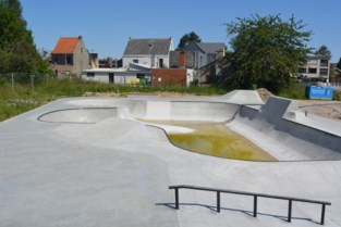 Skatepark nog niet open maar wel al beschadigd