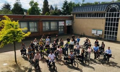 Gemeentepersoneel fietst milieuvriendelijk naar het werk