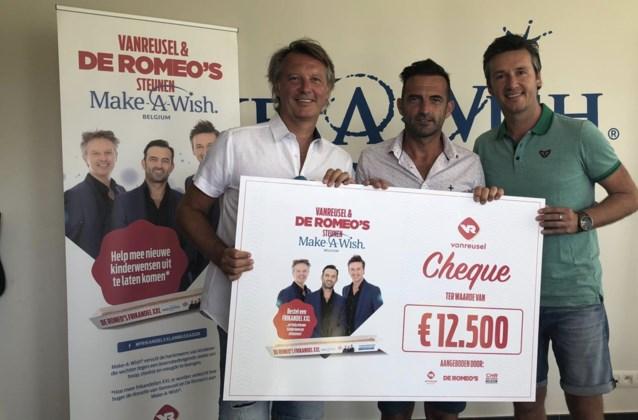"""De Romeo's zamelen 12.500 euro in voor Make-A-Wish met frikandellenactie: """"500 kilometer worst verkocht"""""""