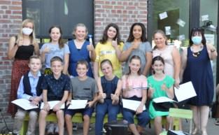 Elf leerlingen nemen afscheid zonder feest
