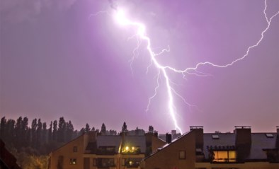 """KMI waarschuwt simultaan voor hitte én onweer met """"hagelstenen van om en bij 3 centimeter"""""""