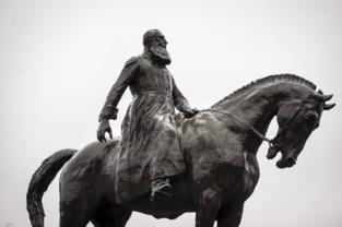 """Geen maatregelen rond naamgeving Leopold II-laan en -park: """"We zullen alles laten zoals het is, en er komt evenmin een duidingsbord"""""""