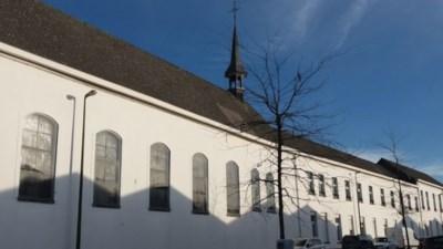 Aanhoudend buurtprotest heeft niet gebaat: 200 jaar oude Ursulinenklooster wordt afgebroken voor modernisering MS Center