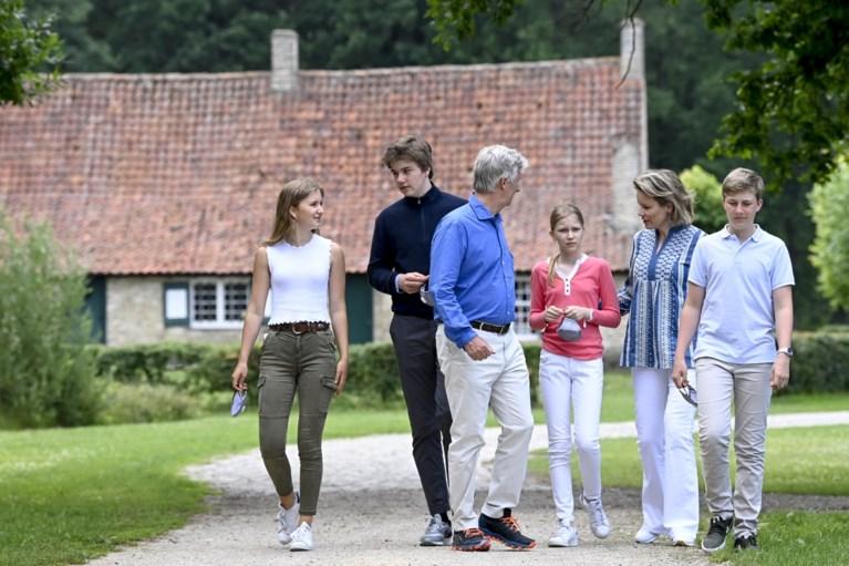 Koninklijke familie promoot toerisme in eigen land: Filip, Mathilde en kinderen op uitstap in Limburg
