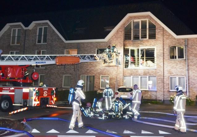Alleenstaande man van 35 komt om het leven bij brand in appartement: geen vermoeden van kwaad opzet