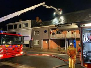 Zware brand vernielt appartement: wellicht aangestoken, bewoner opgepakt