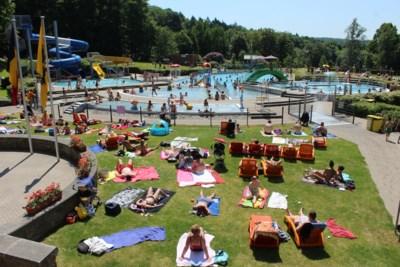 Zwembad provinciedomein laat slechts 120 bezoekers per halve dag toe