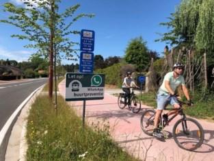 Oeps! Borden langs nieuwe fietssnelweg sturen fietsers verkeerde kant op