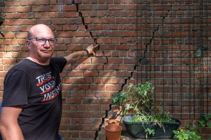 """Scheuren en verzakkingen in woningen: """"Het komt door de werken van Oosterweel"""""""