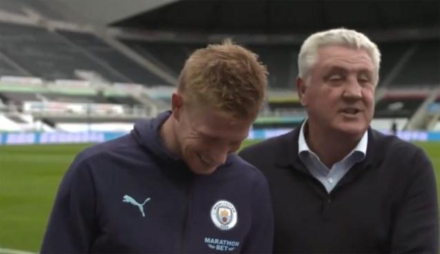 """Newcastle-coach onderbreekt interview De Bruyne: """"Hij komt voor ons voetballen"""""""