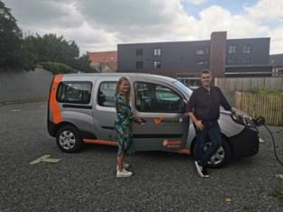 Stad neemt elektrische deelwagens in gebruik