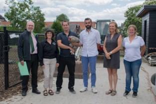 <B>Atheneum Heist is ambassadeur van levend erfgoed: van Kempense schapen tot Mechelse kalkoenkoppen</B>