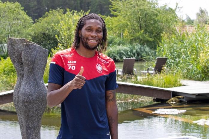 """Dieumerci Mbokani is na contractverlenging bij Antwerp hongeriger dan ooit: """"Onder Leko zal ik nóg vaker scoren"""""""