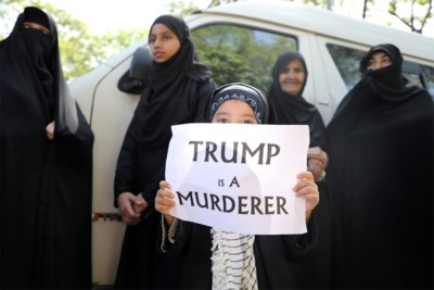 Een afleiding of de beloofde 'onverbiddelijke wraak': waarom wil Iran de arrestatie van Trump? En heeft hij eigenlijk iets te vrezen?