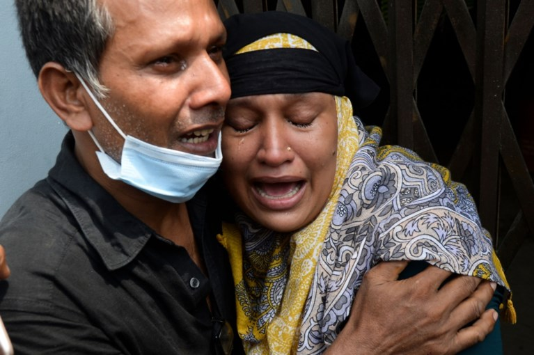 At least 32 killed after ferry capsizing in Bangladesh