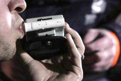 Politiecontrole levert zestien inbreuken op in Affligem, twaalf in Dilbeek