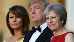 """Trump """"pest en vernedert"""" bondgenoten in telefoongesprekken: Merkel noemde hij dom, May was een zwakkeling"""